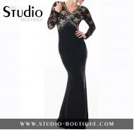 Μόνο για εξαιρετικές στιγμές, μάξι μαύρο φόρεμα με δαντέλα και στρας